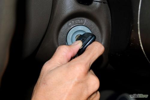 ۶۷۰px-Push-Start-a-Car-Step-2